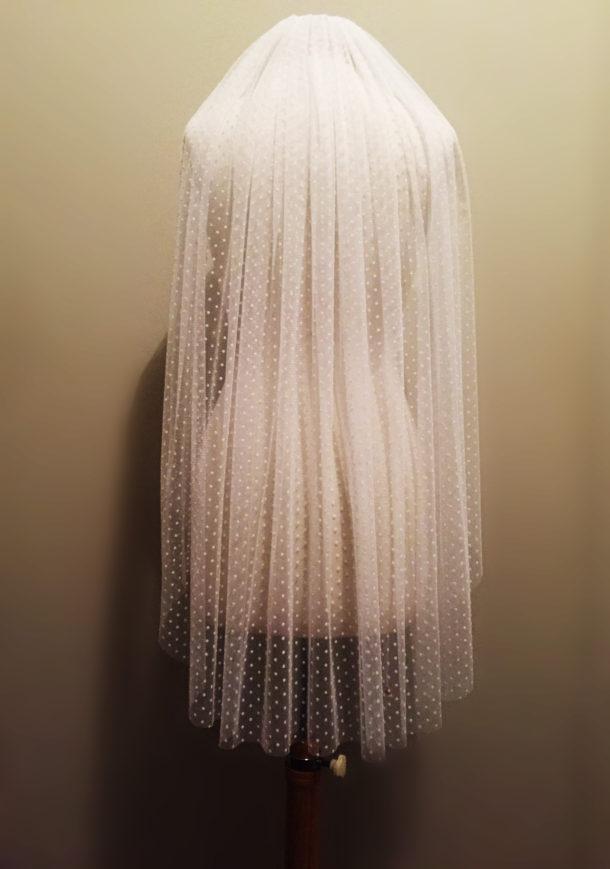 dangly-manny-veil